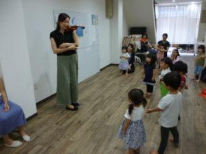 大田区 池上 ヴァイオリンでのリトミック ドレミのおへや1歳 2歳 3歳 4歳 テラッコ
