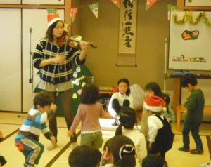 クリスマスイベント リトミックコンサート 大田区 田園調布富士見会館 リトミっこ